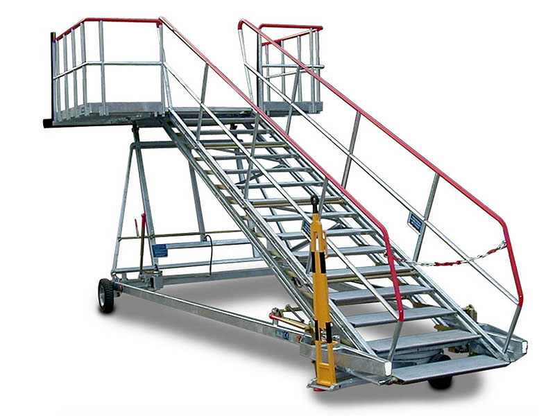 Access Stairs Cargo Compartment, Speciial Stairs, Crew Stairs  <a href='pg3_gse-maintenance-platform.html#frachtraum-zugangstreppen'>...directly to the product page