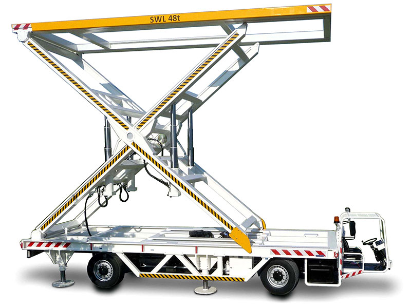 Technical marine equipment: mobile lifting systems for the false ceiling on car ferries. Lifting capacity 25t to 48t. <a href='pg9_marine-deck-lifter.html'>...directly to the product page</a>