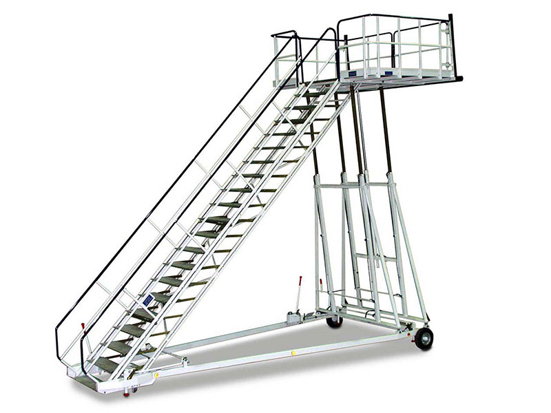 Picture: Height-adjustable aircraft maintenance stairs WTR-xV